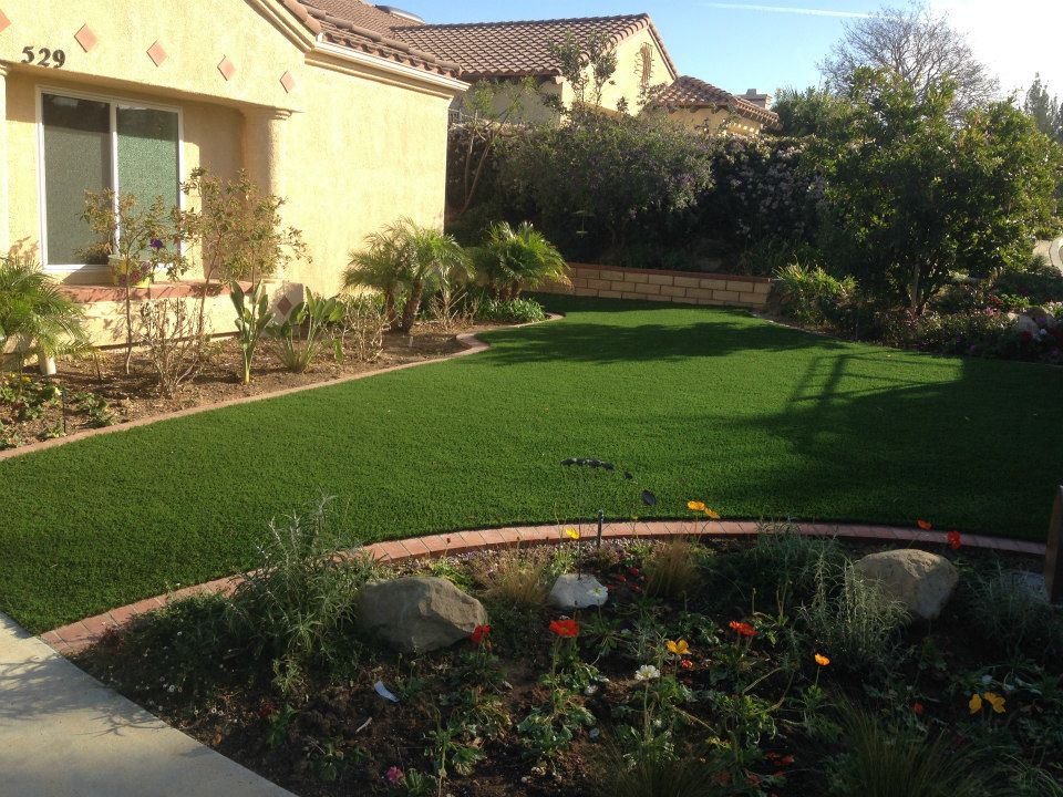 front yard with Turf Now!™ artificial grass